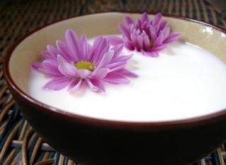 cara membuat mandi susu